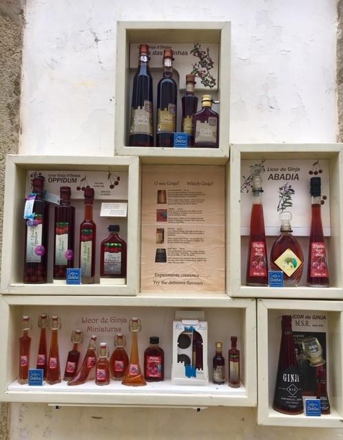 Ginjinhas de Óbidos à venda