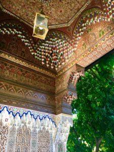 Detalhes de teto e parede no Palácio da Bahia